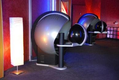 Internetterminal EasyNet Space in einer Spielstätte